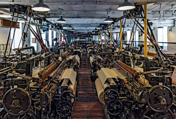 Quarry Bank Mill weaving shed